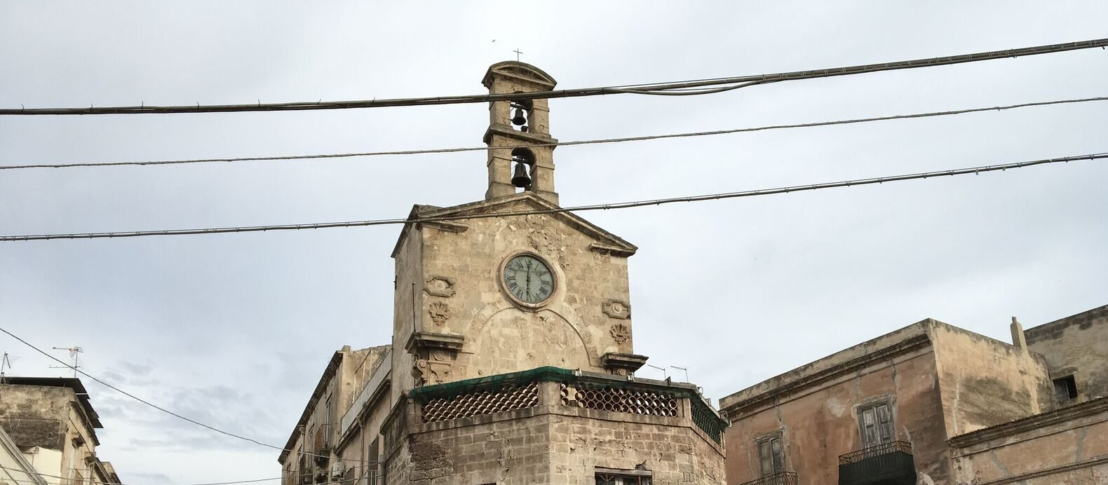 "La Torre dell'orologio di Taranto ospita ""Biological Mother"" di Cristiano Petrucci"